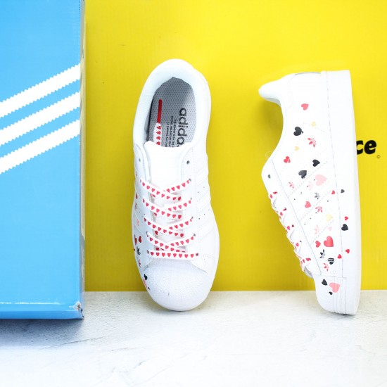 Adidas Superstar Valentines Day 2020 Casual Shoes FV3289 Unisex Sneakers