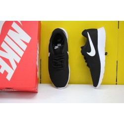 Nike Rosherun Tanjun Black/White Running Shoes 812654 011 Unisex Sneakers